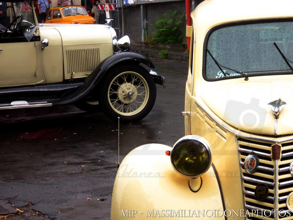 Raduno Auto d'epoca Ragalna (CT) Fiat_1100_L_MI277602_4