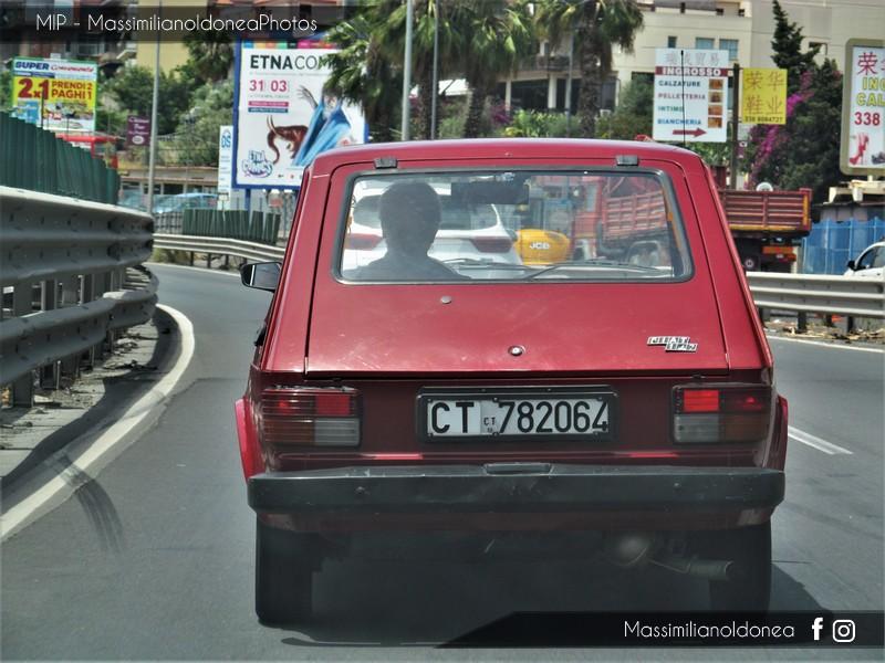 avvistamenti auto storiche - Pagina 22 Fiat_147_1050_49cv_CT782064_5