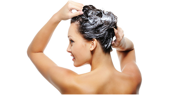 Hair_Care_In_Summer_How_To_Do_It_Shampoo_With_Care