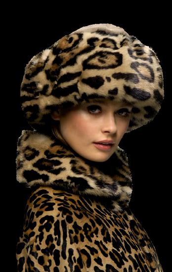 femme_chapeau_tiram_380