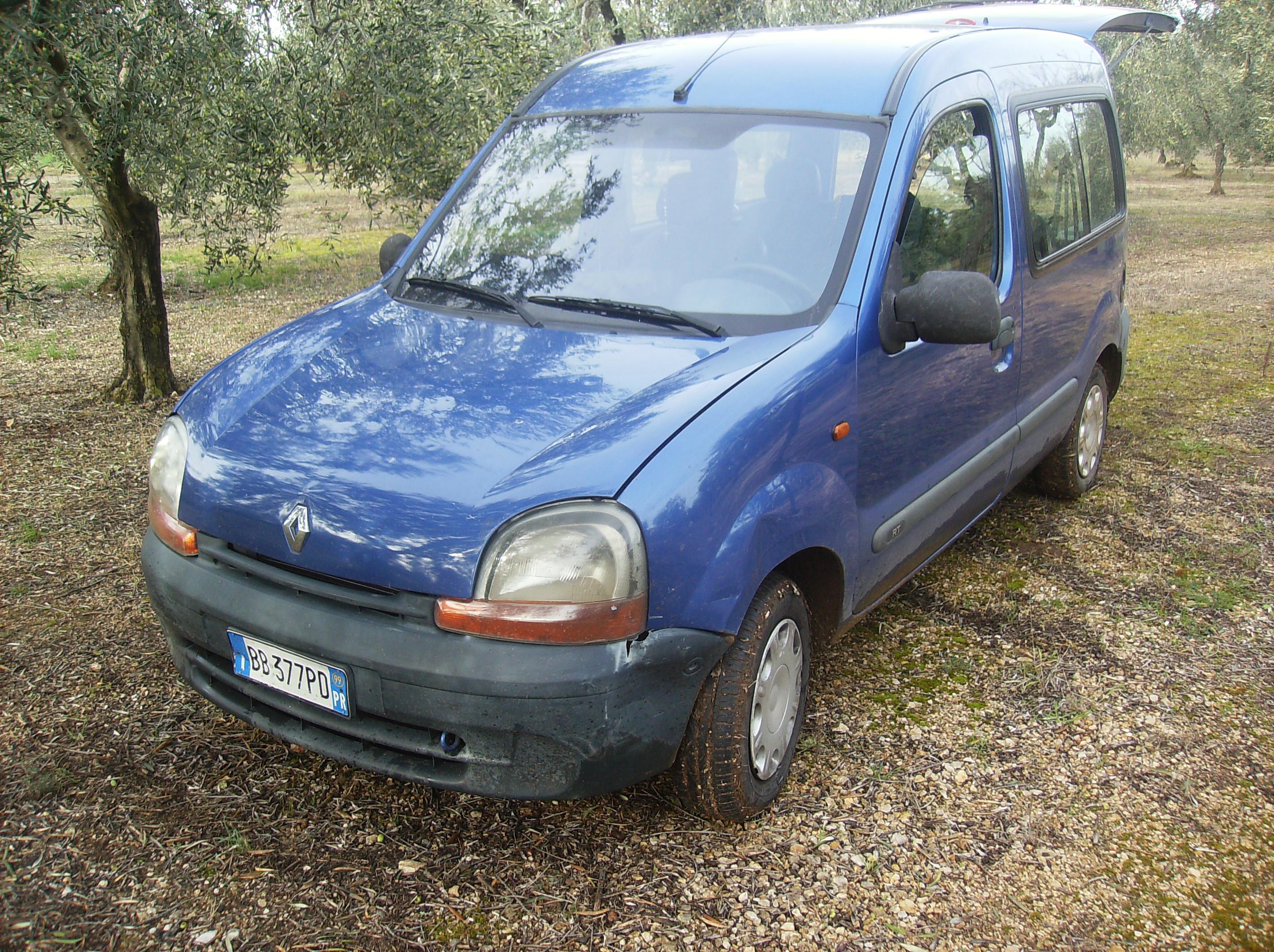 Ed ecco le auto avute in famiglia  HPIM0919