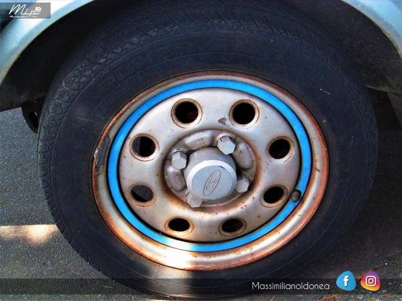 Parking Vintage - Pagina 2 Ford_Fiesta_S_1_1_82_CT586542_4