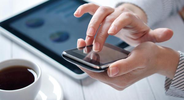 Desafíos  Ofrecen 100 mil dólares a los que dejen de usar el celular por un año