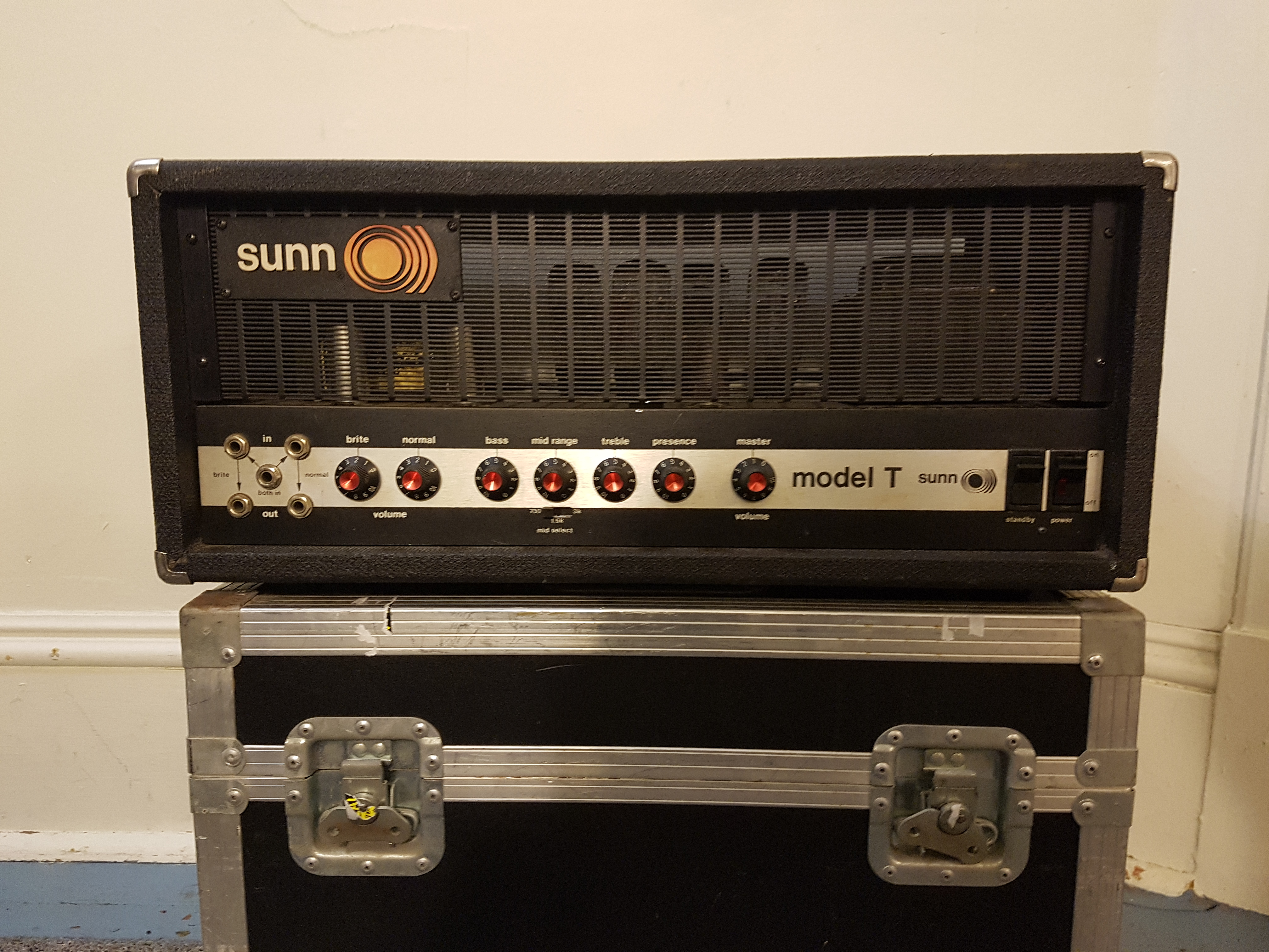 NAD: Sunn Model-T   The Gear Page
