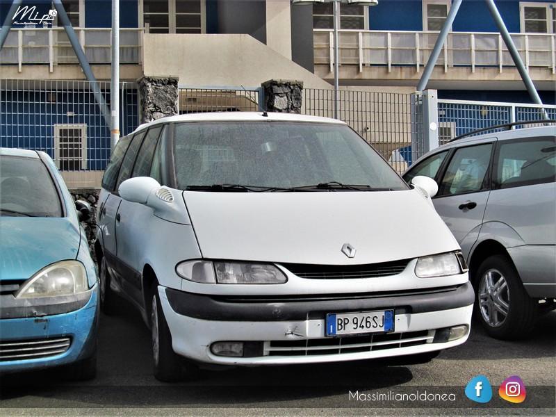 Auto Abbandonate - Pagina 4 Renault_Grand_Espace_d_Ti_2_2_113cv_01_BP946_SJ