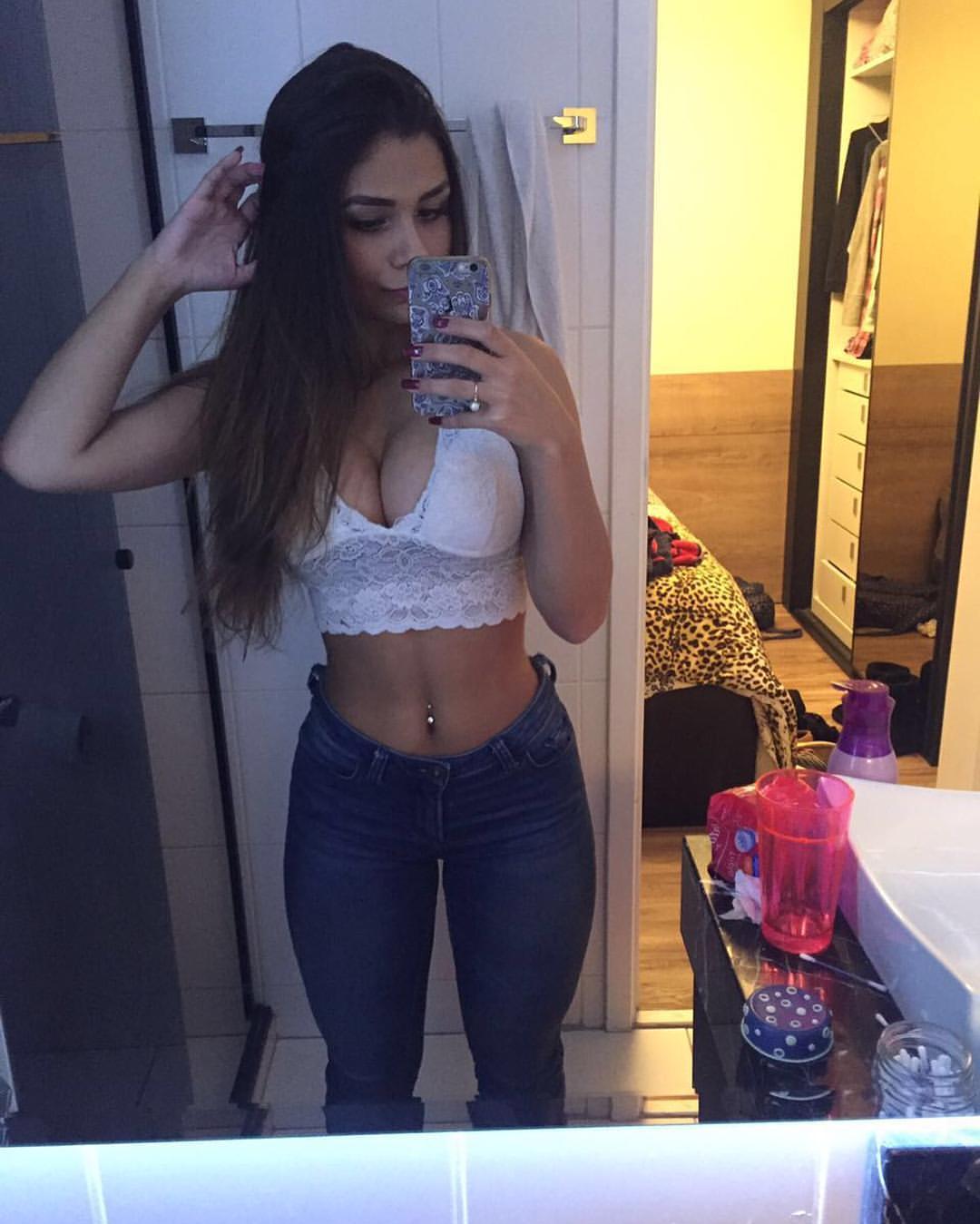 Lana Ribeiro, belleza brasileña