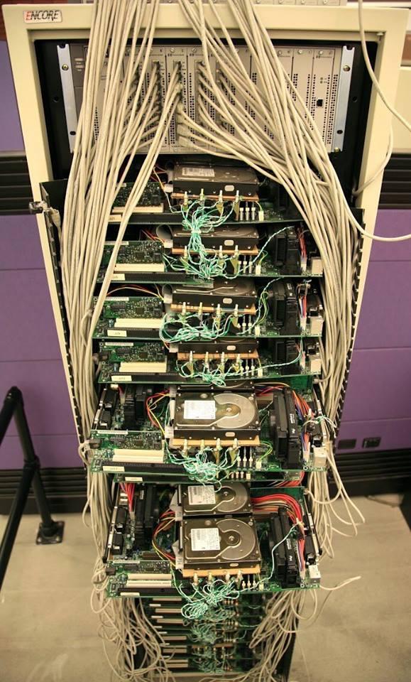 1999 წლის  Google server rack