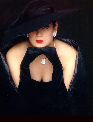 femme_chapeau_tiram_144