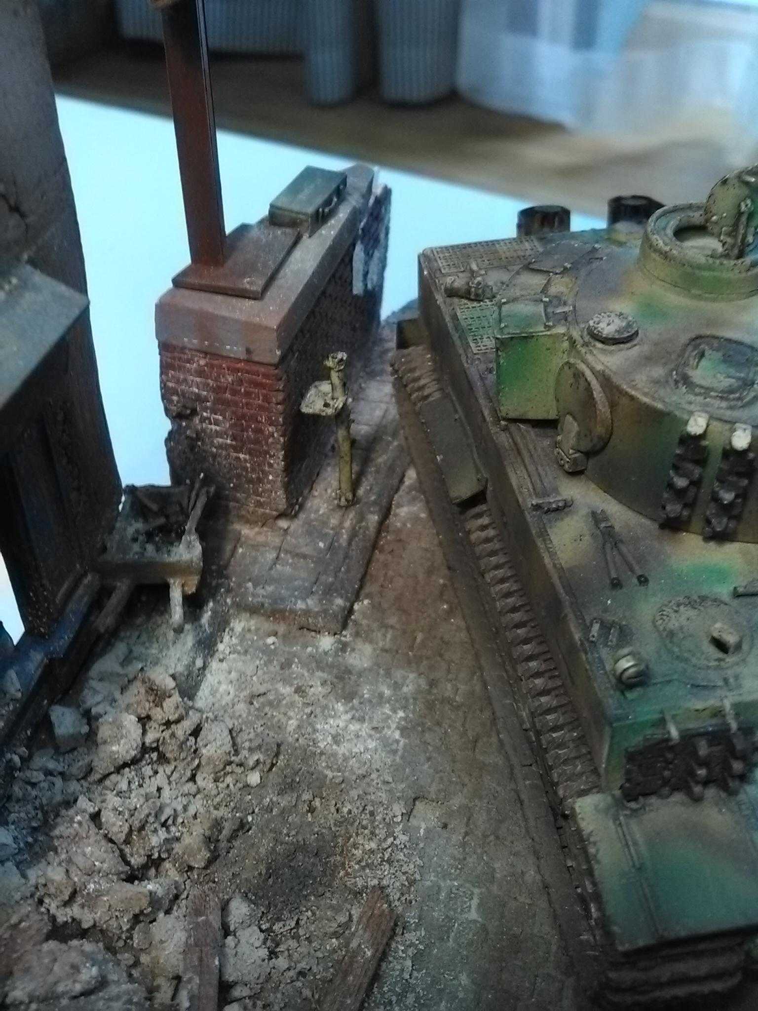 Le Survivant 1/72 - (Tigre 1 Allemagne 1945) - Page 3 IMG_20180610_184252