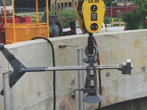 Closeup_of_hoist_apparatus_for_lowering_pumps_copy