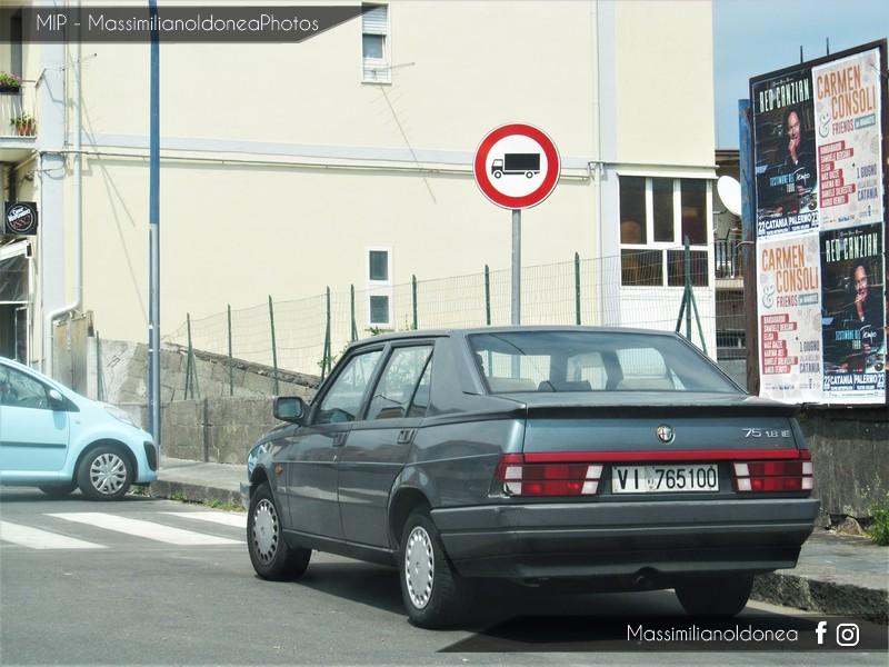 avvistamenti auto storiche - Pagina 22 Alfa_Romeo_75_120cv_89_VI765100_158_963_21_3_2016_2
