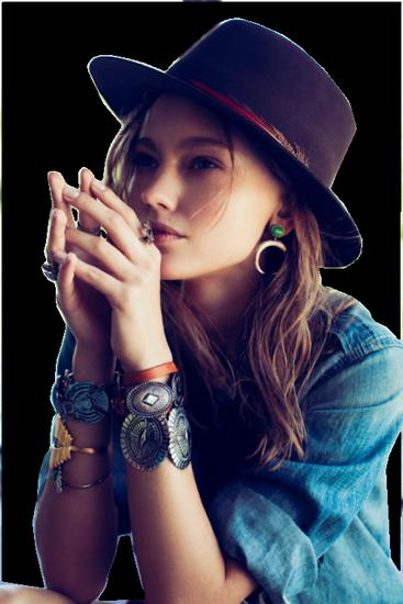 femme_chapeau_tiram_661