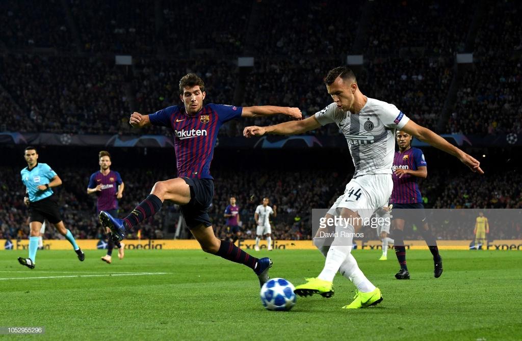 صور مباراة : برشلونة - إنتر ميلان 2-0 ( 24-10-2018 )  Yy