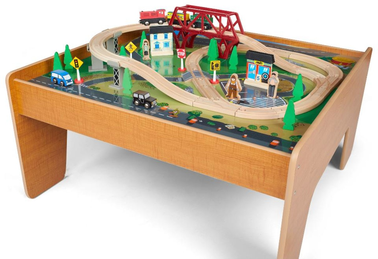 Thomas Train Table Set - A Little Engineers A Lot Of Loved Area to ...