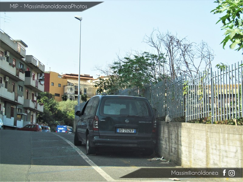 Auto Abbandonate - Pagina 5 Opel_Sintra_TD_2_2_116cv_99_BD252_KP