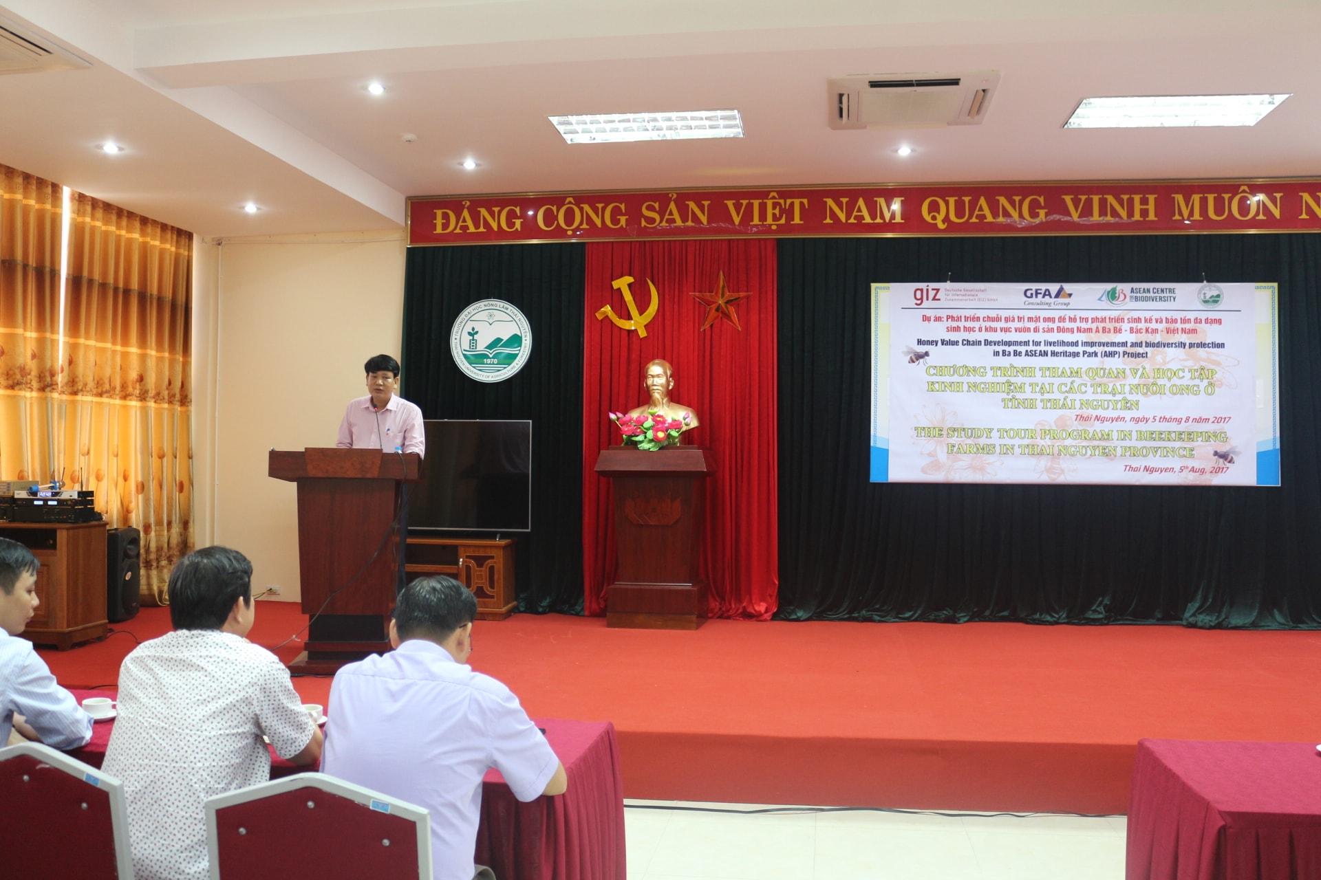 Ông Nguyễn Văn Hiểu - Giám đốc phụ trách dự án, phát biểu giới thiệu hội thảo