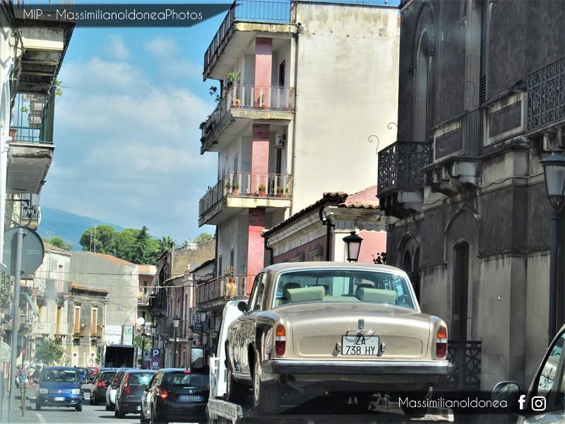 avvistamenti auto storiche - Pagina 35 Rolls-Royce-Silver-Shadow-6-7-200cv-73-ZA738-HY