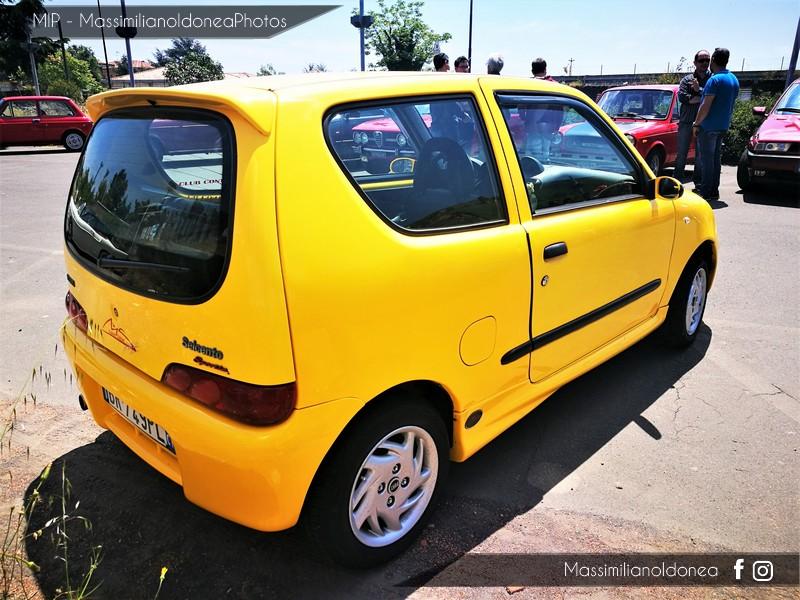 Parking Vintage - Pagina 3 Fiat_Seicento_Sporting_Limited_Edition_Michael_Schumacher_1_1_54cv_01_BR749_PL_110_747_30_5_2018_1