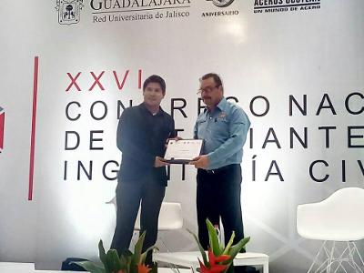 5_Estudiantes_de_Ingenieri_a_Civil_Asisten_a_Congreso_Nacional_en_Guadalajara