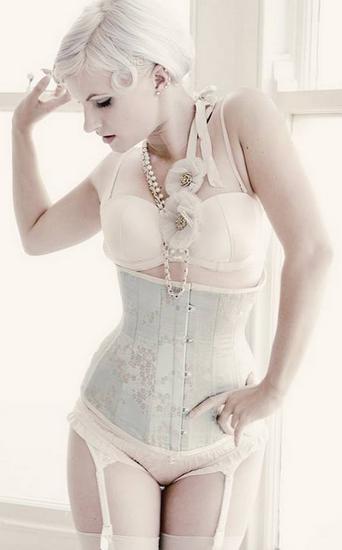 corset_femmes_tiram_611