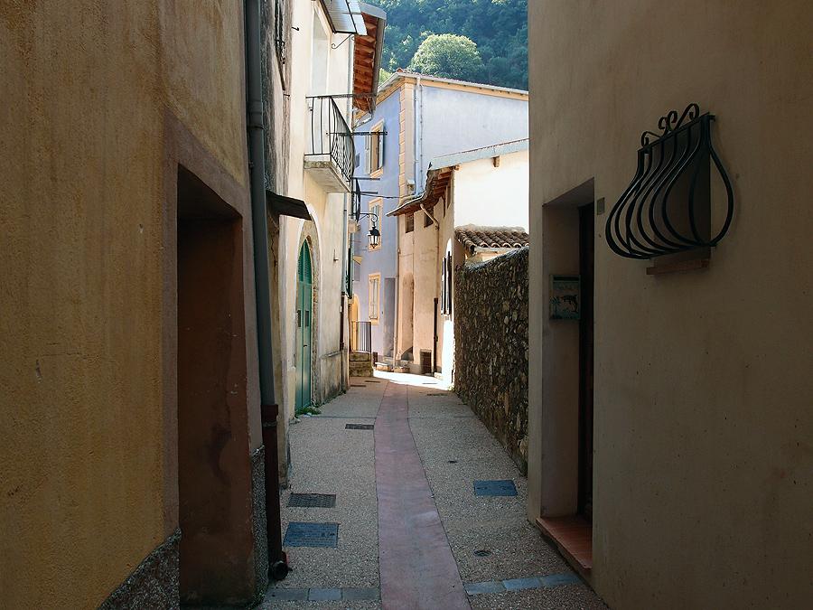 Брей-сюр-Руайя. Провансальпийские фотозарисовки.