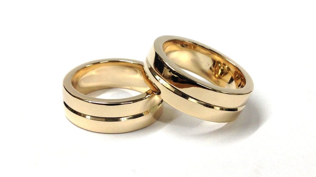 Bespoke 9ct Yellow Gold Wedding Rings