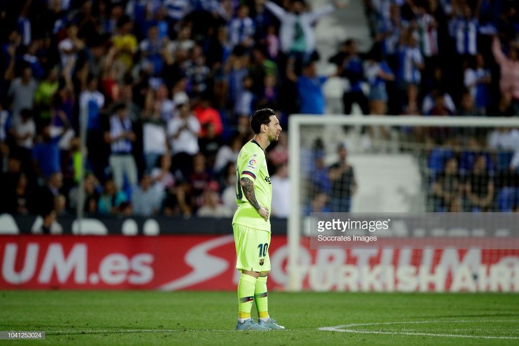 صور مباراة : ليغانيس - برشلونة 2-1 ( 26-09-2018 ) J