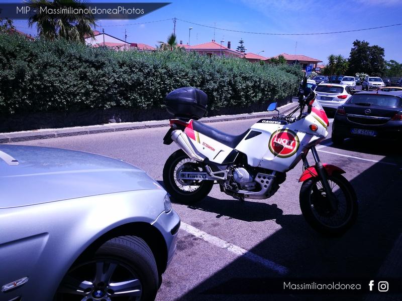 Foto di moto d'epoca o rare avvistate per strada - Pagina 17 Cagiva