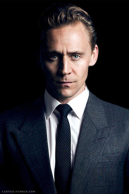 6fa1a353933447b9d2867916b4142383_tom_hiddleston_eyes_tom_middleston