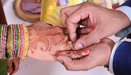 65 साल के ससुर ने अपनी बहु के साथ रचाई शादी, कारण जानकर हैरान रह जाएंगे आप