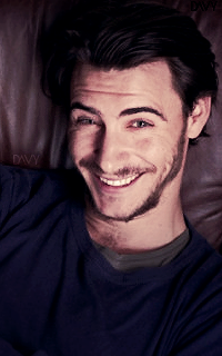 Harry Lloyd Avatar 200x320 pixels 168968harry04