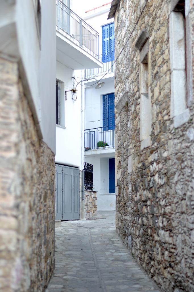 skopelos island greece zpsjyo9sirw