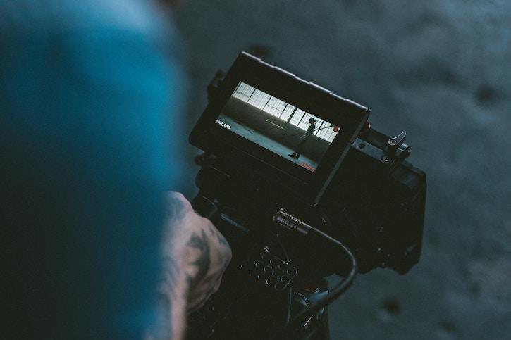 film_director_camera