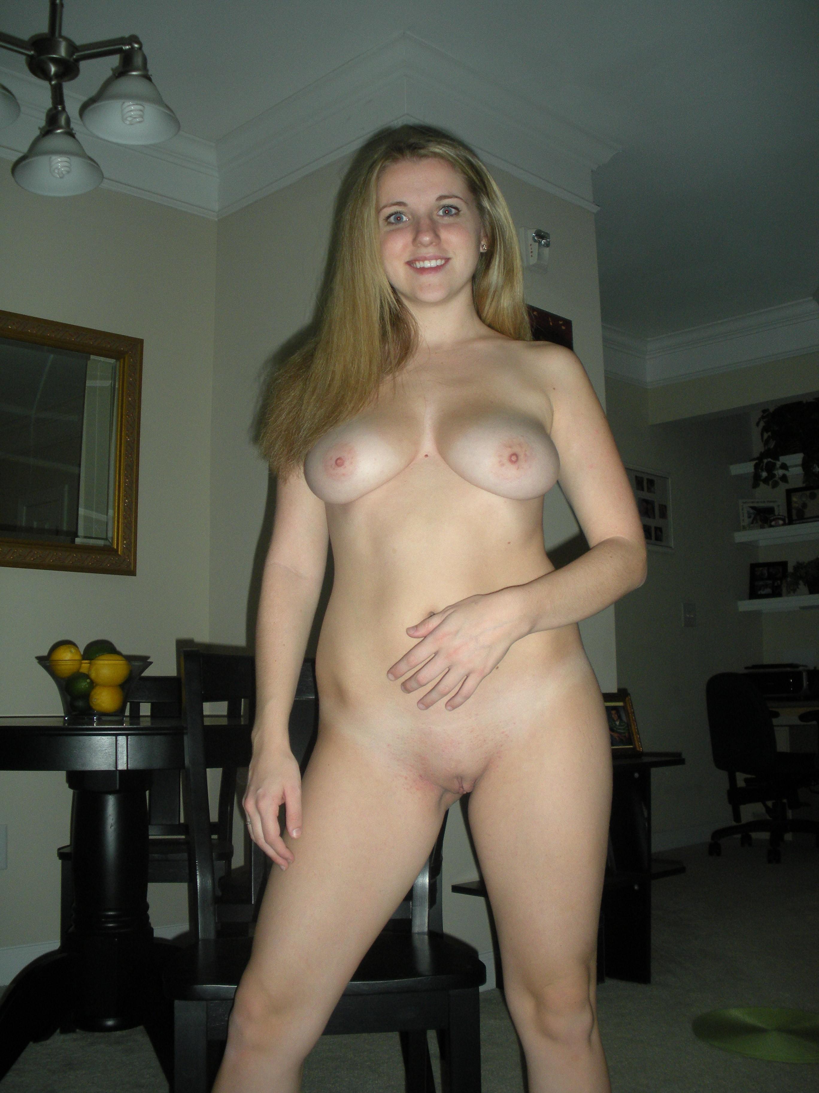 Amateur Girls  Forums-2679
