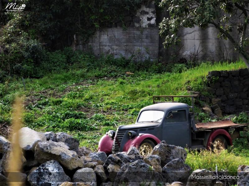 Mezzi Abbandonati - Pagina 4 Fiat_1100_Camioncino_4