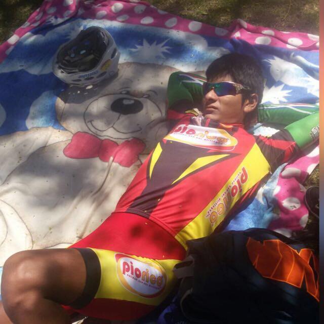 Mecánico Boliviano sabotea participación de ciclista Peruana