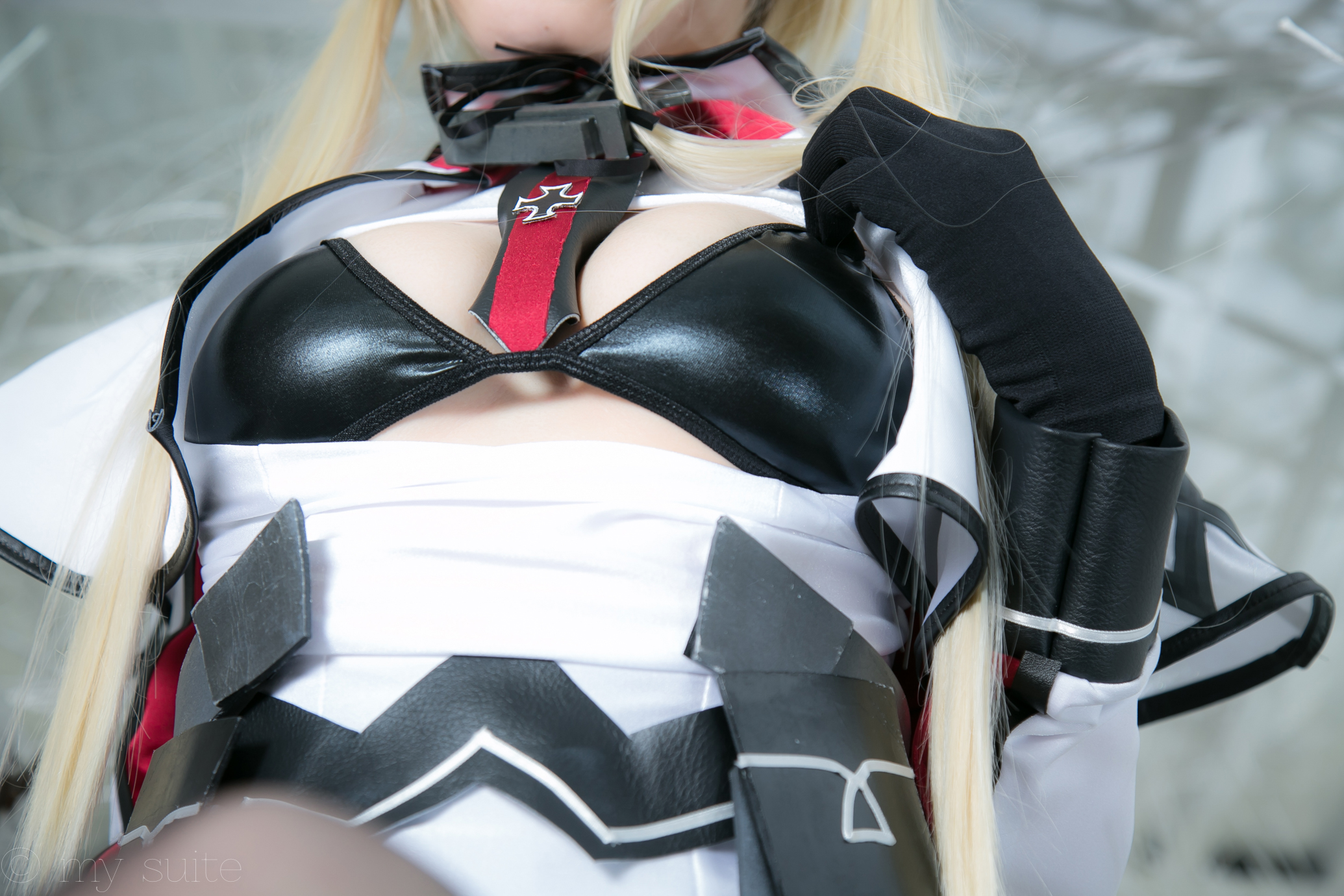 舰队Collection 齐柏林伯爵 COSPLAY Kantai-Collection-Graf-Zeppelin-Cosplay-Shows-Off-the-Goods-68