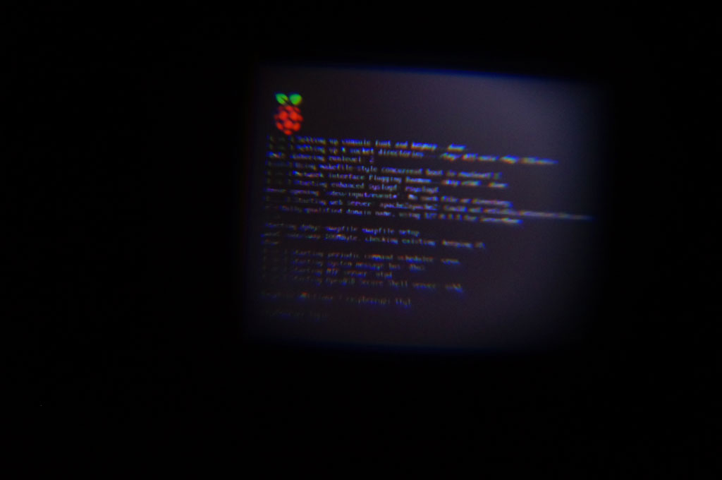 I tried to display the raspberry Pi with fatshark screen, not bad.