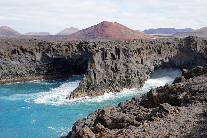 volcanic_landscape_Lanzarote