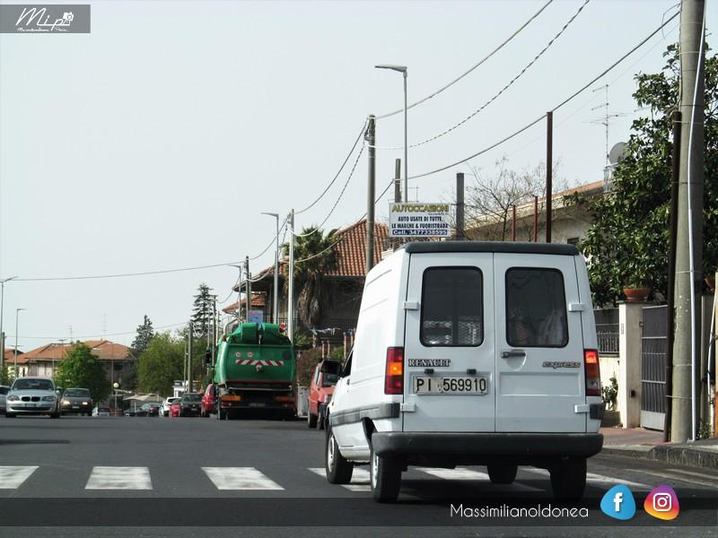 Veicoli commerciali e mezzi pesanti d'epoca o rari circolanti - Pagina 5 Renault_Express_D_1_6_54cv_91_PI569910_175_420_30_12_2015