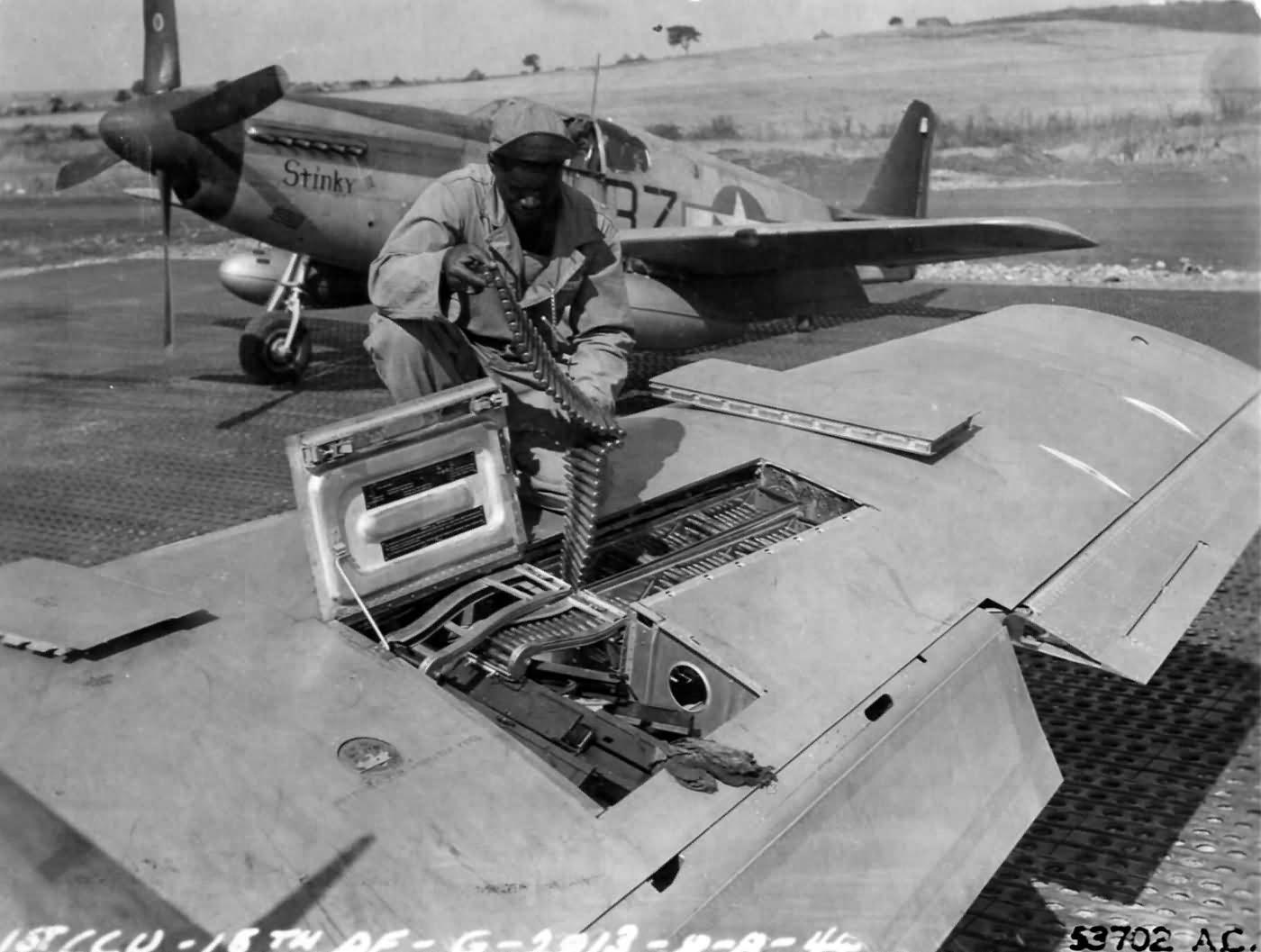 P-51-C-Stinky-Ii-of-the-100th-FS-332nd-F