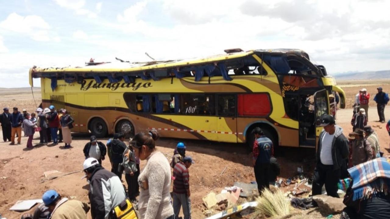 Identifican a 13 de los 20 fallecidos en accidente de transito
