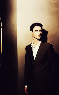 Harry Lloyd Avatar 200x320 pixels 360770harry01