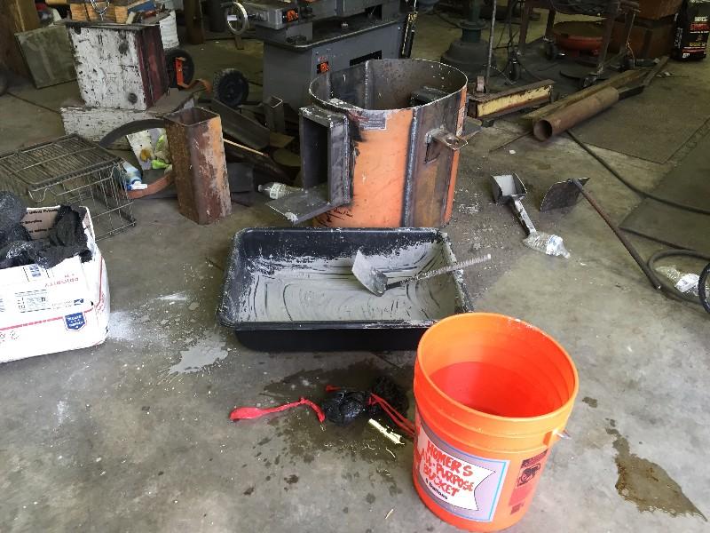 weldingforgebodyfloorpour.jpg