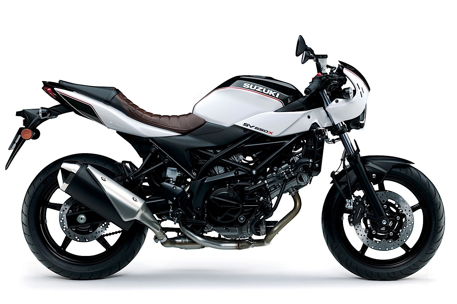 2019-suzuki-motorcycles-shine-in-new-colors-at-the-motorcycle-live-39