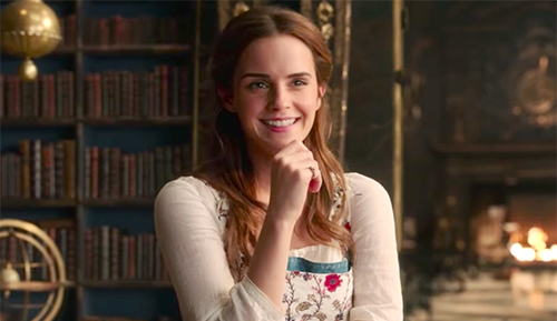 https://image.ibb.co/dH3x00/Belle-Smiling-in-the-Library-emma-watson-belle-40567359-1548-1161.png