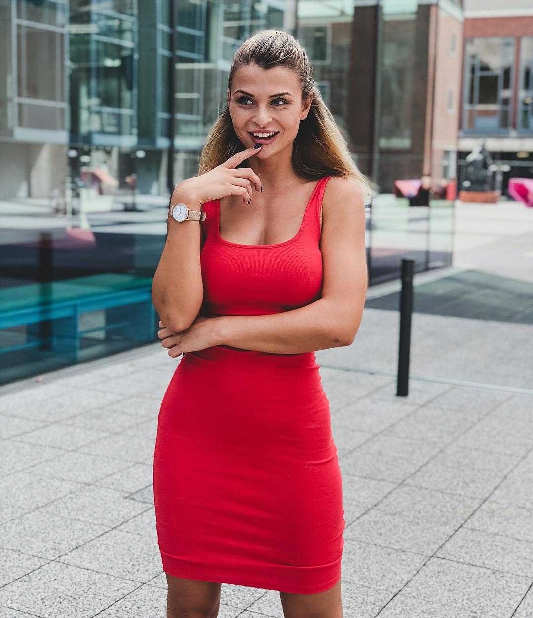 Lisa Del Piero - Bio   Fitness Models Biography