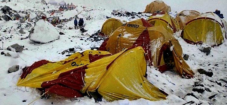 Mueren en avalancha 9 alpinistas en el Himalaya