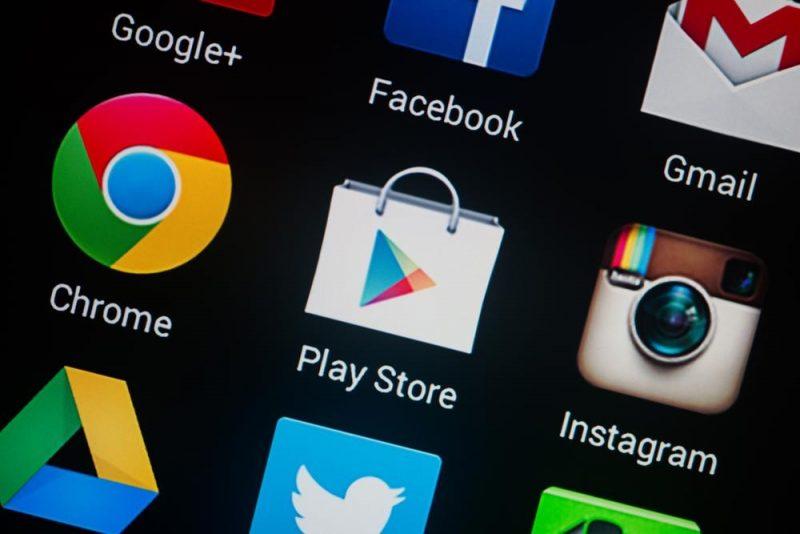 طريقة تنزيل وتسطيب تطبيق بلاي هاتفك