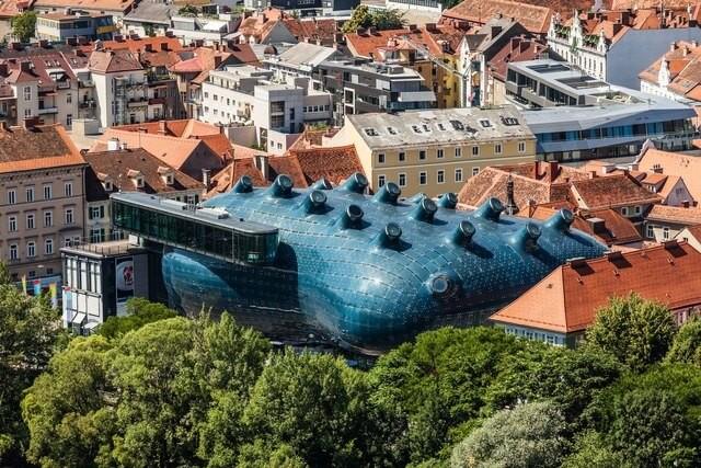 Kunsthaus Graz (Graz, Austria)